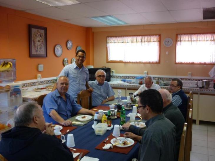 Almuerzo con Padre Provincial 006_800x600