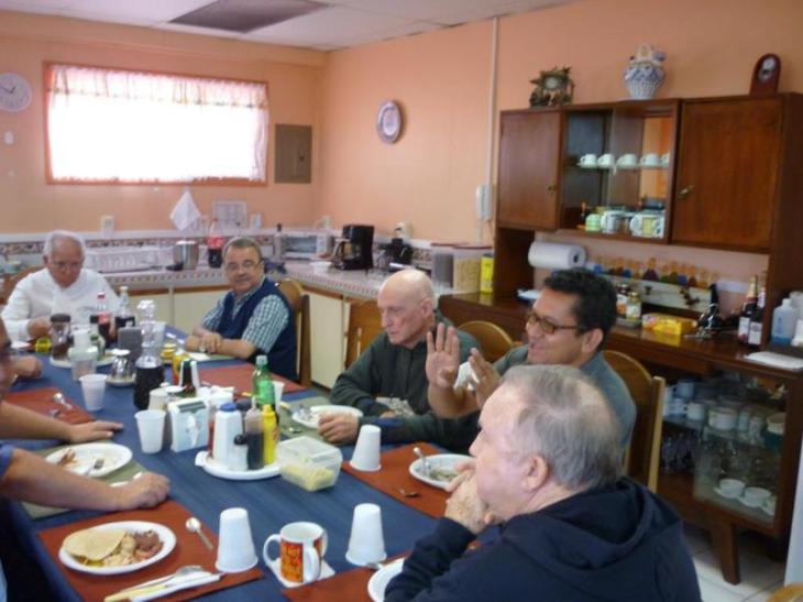 Almuerzo con Padre Provincial 007_800x600