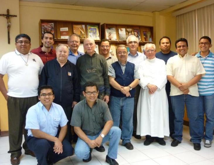 Almuerzo con Padre Provincial 008_775x600