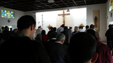 En la misa de la mañana