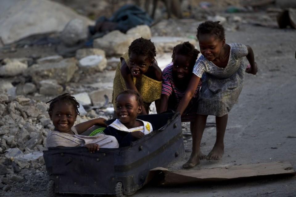 08.-RamoÌ-n-Espinosa-Terremoto-en-Haiti-78-1024x682