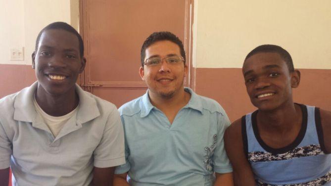 S. Santa Haití. (31)
